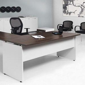 Kancelarijska radna stolica RS124R u prostoru