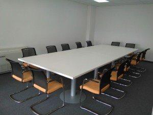 konferencijska-stolica-ks77s-slik-u-prostoru
