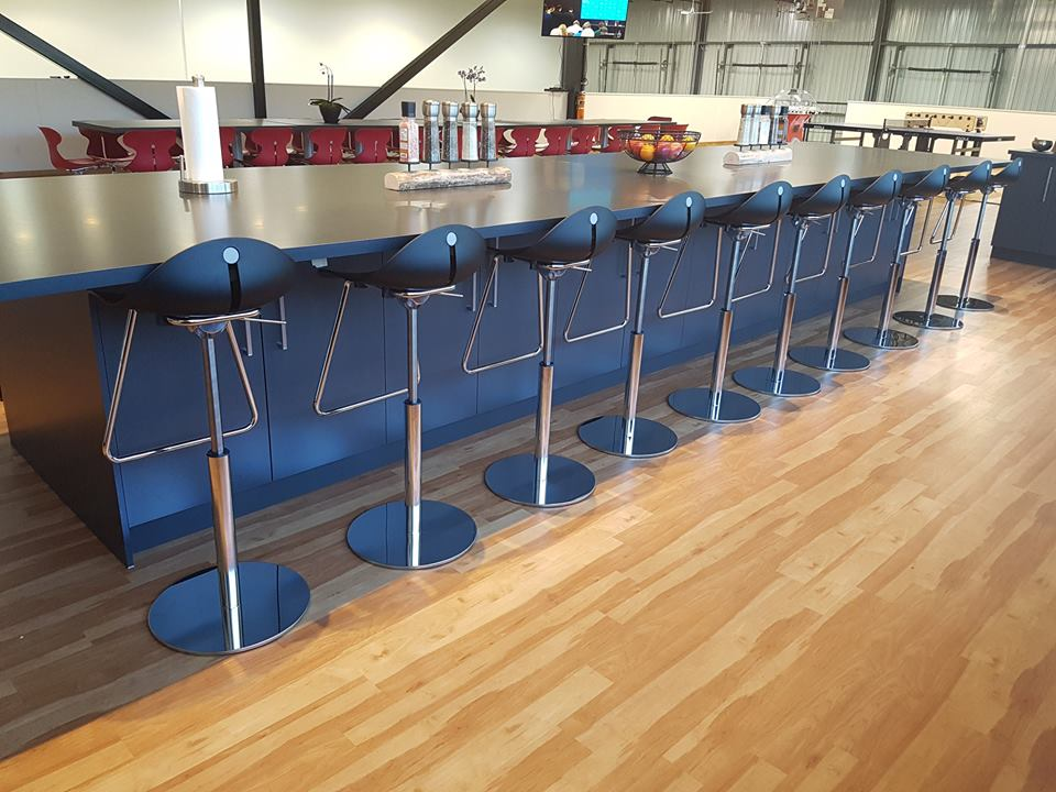 Barska stolica BS12 u prostoru